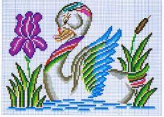 Esquema punto de cruz Cross Stitch Bird, Cross Stitch Flowers, Cross Stitch Designs, Cross Stitching, Cross Stitch Embroidery, Hand Embroidery, Cross Stitch Patterns, Clip Art Pictures, Baby Dress Patterns
