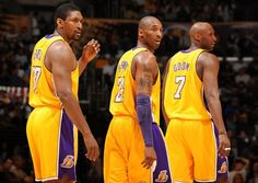 Image from http://lakers.topbuzz.com/gallery/d/274626-2/Lakers+teammates+Ron+Artest+Kobe+Bryant+and+Lamar+Odom.JPG.