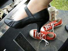 #Dress Shoe, Casual Shoe  1 minutes turned into a beautiful woman    http://itcomputertechniciansalary.com