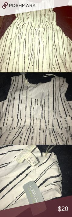 Black and White striped Dress A-line, above the knee length striped dress. Perfect for the Spring and Summer Forever 21 Dresses Midi