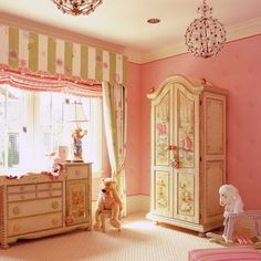 Kids Photos Furniture Design, Pictures, Remodel, Decor and Ideas Green Girls Rooms, Little Girl Rooms, Bedroom Themes, Girls Bedroom, Bedroom Decor, Bedrooms, Girls Room Design, Nursery Design, Distressed Furniture Painting