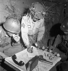 published in LIFE. South Korean and American officers pore over maps in a 1952 Margaret Bourke-White photo. Margaret Bourke White, Korean President, Korean People, Korean War, American Soldiers, Life Magazine, Vietnam War, Cold War, Rare Photos