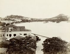 https://upload.wikimedia.org/wikipedia/commons/2/21/Lai_Afong,_view_of_Macau,_1870s-1800s.jpg