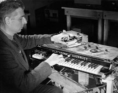 Hugh Le Caine playing the electronic saqueboute