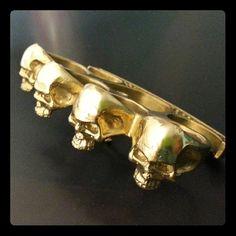 skull buster knuckle duster belt buckle by KickassPlugs on Etsy