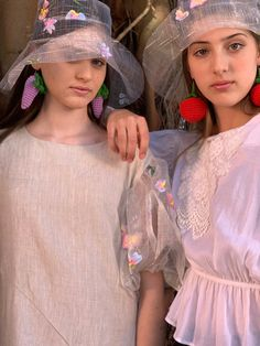 #modalisboa #ritaafonso #sustainable #crochetearing #ritaafonsooficial #portuguesebrand #proundlyhandcraftinportugal Bucket Hat, Crochet, Hats, Fashion, Moda, Bob, Hat, Fashion Styles, Ganchillo