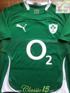 ed61ed6feea Relive Ireland's 2010/2011 international season with this vintage Puma home rugby  shirt.