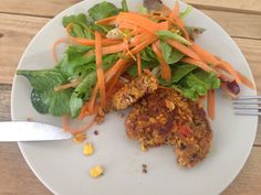 Aimant tout particulièrement les légumes et alerte sur le fait que nous ne mangeons pas assez de légumineuse mais trop de viande, je suis tombée sur une recette de steacks végétariens à base de…