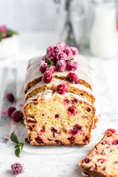 This moist Cranberry Orange Loaf is packed with the tart cranberries and sweet orange glaze and it is one of my favorite holiday recipes. It's perfectly sweet and bursting with orange flavor, but also a touch tangy from the cranberries. Cupcakes, Cupcake Cakes, Cake Recipes, Dessert Recipes, Delicious Desserts, Yummy Food, Un Cake, Cake Bites, Loaf Cake