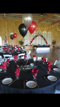 black table cloths red plates silver cutlery white custom
