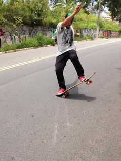 Marujo Gabriel Treze. #Skate #Skateboard #SailorSkateboard #SailorTeam #Longboard #40polegadas