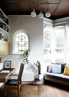 my scandinavian home: An artist's turn-of-the-century house and studio Interior Exterior, Home Interior, Decor Interior Design, Interior Decorating, Home Office, Office Decor, Design Apartment, Living Spaces, Living Room