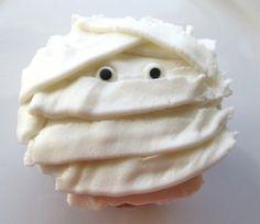 Mummy cupcake idea halloween