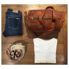 Jean Reiko, tee-shirt EseOEse, sac et écharpe Mademoiselle JEANNE