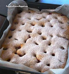 POVESTI CULINARE: Prajitura cu visine - Mai simplu nu se poate Romanian Desserts, Mai, Apple Pie, Sweet Treats, Cookies, Fruit, Food, Fruit Flan, Crack Crackers