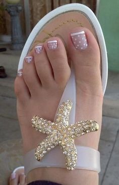 17 Ideas french pedicure designs toenails pretty toes for 2019 Nail Designs 2015, Toenail Art Designs, French Tip Nail Designs, Simple Nail Art Designs, Short Nail Designs, Toe Nail Designs, Nails Design, Pretty Toe Nails, Cute Toe Nails