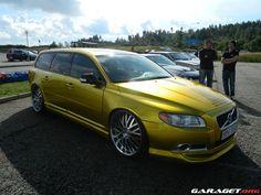 Garaget   Custom Volvo V70 II D5 — GOLDEN — 2015