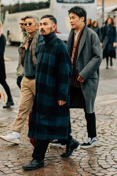 52 Men's Street Style Outfits For Cool Guys - Bellestilo Hipster Grunge, Grunge Goth, Nu Goth, Grunge Style, Soft Grunge, Cute Teen Outfits, Casual Summer Outfits, Winter Outfits, Winter Clothes