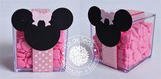 Lembrança Infantil Minnie - Caixinhas de acrílico personalizadas com tag em scrapbook