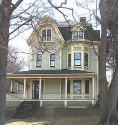 538 Best Victorian Style Homes Images In 2019 Old Houses - How-to-paint-a-victorian-style-home