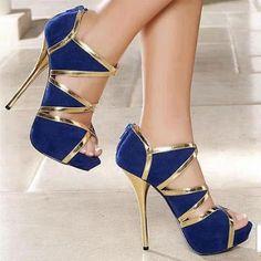 sapato azul com dourado