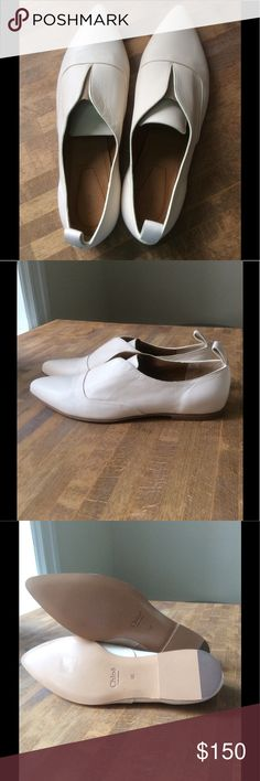 """🆕 Chloé Oxford Made in Italy 9.5M perfect+classic Adorable Chloé Pointed Oxford are casually chic. These flats set on a low, architectural block heel. No box. No dust bags. No trades. Price firm. Will not model.   - Brand: Chloé - Style: Flats - Material: Leather  - Color: Ivory  - Size: 9.5M  - Heel: 0.25"""" - Sole: Original Leather Sole - Made in Italy - Condition: Excellent / New   Chloe Shoes Flats & Loafers"""