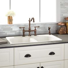 Laminate With A Farmhouse Sink Kitchen Ideas