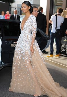 Chanel Iman is Princesslike in Gorgeous Zuhair Murad Gown - Chanel Gown - Trending Chanel Gown - Chanel Iman is Princesslike in Gorgeous Zuhair Murad Gown Mob Dresses, Gala Dresses, Red Carpet Dresses, Couture Dresses, Evening Dresses, Formal Dresses, Wedding Dresses, Chanel Iman, Calvin Klein Gown