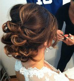 Romantic wedding hair ideas you will love (17) #weddinghairstyles
