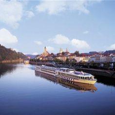 Viking River Cruises: prima nave dedicata ai passeggeri cinesi in autunno Best European River Cruises, River Cruises In Europe, Cruise Europe, Cruise Travel, Alaska Cruise, Cruise Vacation, Summer Travel, Dream Vacations, Vacation Spots
