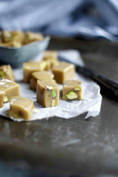 Halva recipe - tahini fudge that tastes just like old-fashioned caramels. Healthy and refined sugar free.
