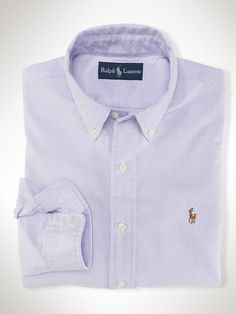 Shop the men's Slim Fit Stretch Oxford Shirt at the world of Ralph Lauren. Browse our designer men casual shirts & oxfords today. Camisa Ralph Lauren, Polo Ralph Lauren Sale, Ralph Lauren Custom Fit, Ralph Lauren Slim Fit, Slim Fit Casual Shirts, Men Casual, Smart Casual, Camisa Polo, Inspiration Mode