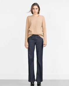 Imagem 1 de ALTA-CINTURA Jeans bootcut de Zara