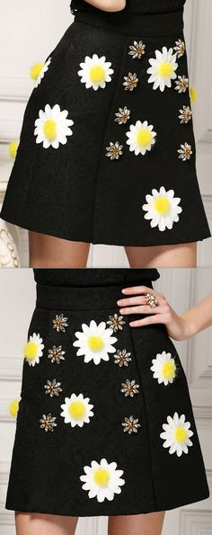 Rhinestone-Button-Embellished Daisy Appliques Black Mini Skirt
