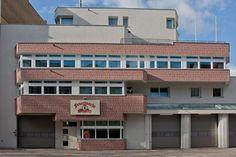 Achtung Feuerwehr! Fassadengestaltung durch Kaminski & Brendel Malereibetrieb GmbH in Berlin (12107) | Maler.org
