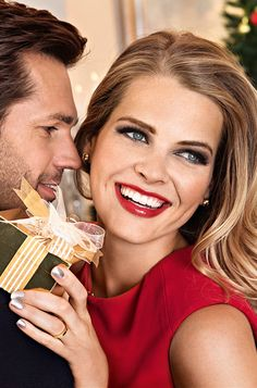 Holiday Romantic Couple #holidayoriflame