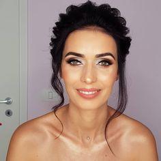 Beautiful bride happy about her day. Beautiful Bride, Bridal, Makeup, Happy, Make Up, Ser Feliz, Beauty Makeup, Bride, Bronzer Makeup