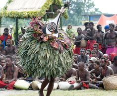 tradtioneller Tubuan Tanz