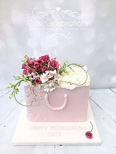 Cake Celebrations - Deisgner of distinctive luxury Wedding and Celebration Cakes