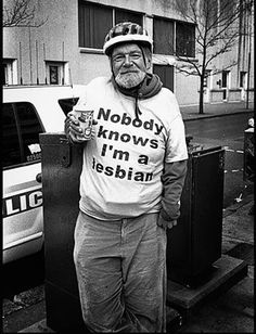 29 Old People in Awesome Bad Ass T-Shirts - !