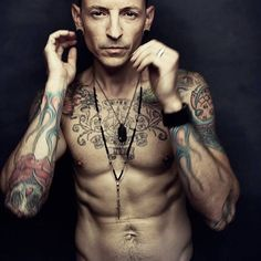 Amazing Chester Bennington - 20 photos - Morably