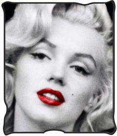 Blanket Marilyn Monroe Red Lips