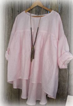 Baby PINK Linen Prairie Blouse with Gathers wide fit one size fits most (smaller size) Style Casual, Casual Outfits, Fashion Outfits, Tops Boho, Böhmisches Outfit, Diy Summer Clothes, Bohemian Mode, Plus Size Kleidung, Mode Plus