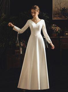 A-Line White Satin V-neck Long Sleeve Backless Wedding Dress With Bow Western Wedding Dresses, Long Wedding Dresses, Bridal Dresses, Wedding Gowns, Vintage Style Wedding Dresses, Dresses Dresses, Dress Vintage, Retro Vintage, Formal Dresses