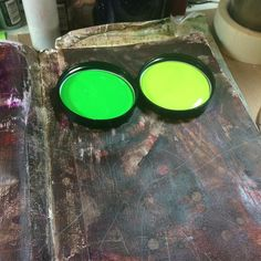 Now to play with some delicious new #green paint! .@thestromboshow #strombo #art #sundayinthestudio