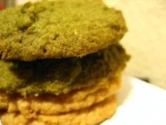 paleo matcha cookies recipe from Robb Wolf's website - sounds great but I would alter the recipe as I'm not a fan of almond flour. Matcha Cookies, Lemon Cookies, Paleo Dessert, Healthy Desserts, Healthy Recipes, Sugarless Cookies, Cookies Vegan, Paleo Treats, Paleo Food