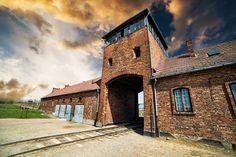 Auschwitz, uno de los monumentos que hay que ver en Polonia. Un recorrido por este campo de concentración nos llevará a conocer la historia más triste e inhumana de Europa.