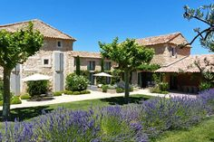 Maison à Bonnieux, France. In the Golden Triangle of Natural Park of Luberon (Provence), century farm house recently renovated by… Garden Design, House Design, Mediterranean Homes, Tuscan Homes, French Country House, Stone Houses, Exterior Design, Exterior Homes, My Dream Home