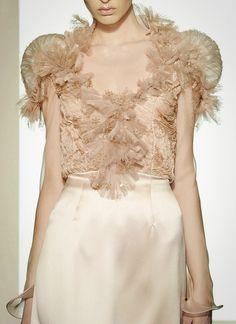 wink-smile-pout:  Valentino Haute Couture Fall 2008
