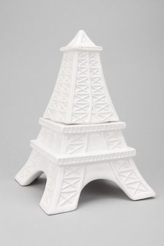 Eiffel Tower Cookie Jar - would be cute for jewelry too